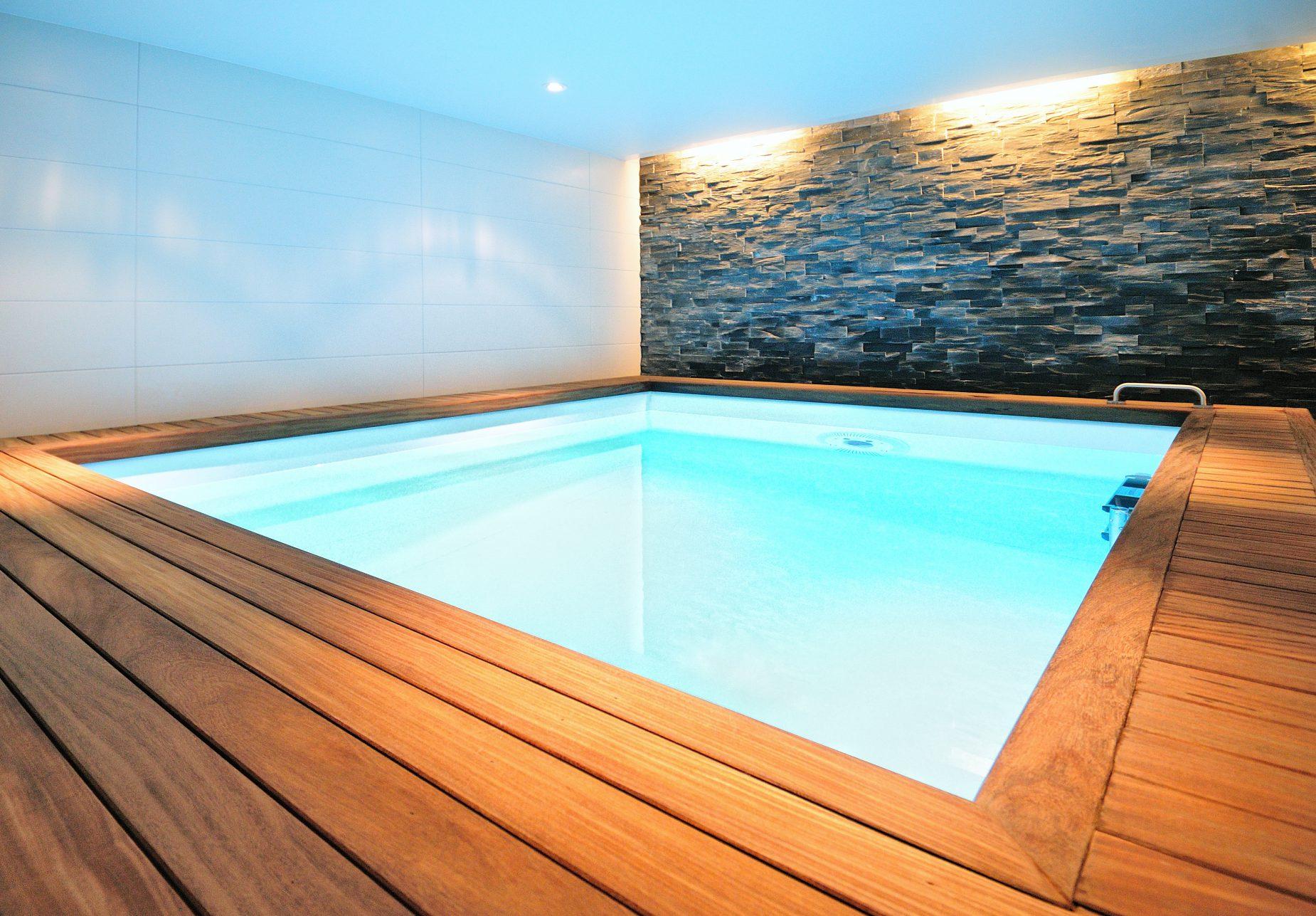Ontwerp voor een spa wellness met zwembad en sauna voor Villa Zeist door binnenhuisarchitect Maxim Winkelaar te Amsterdam.