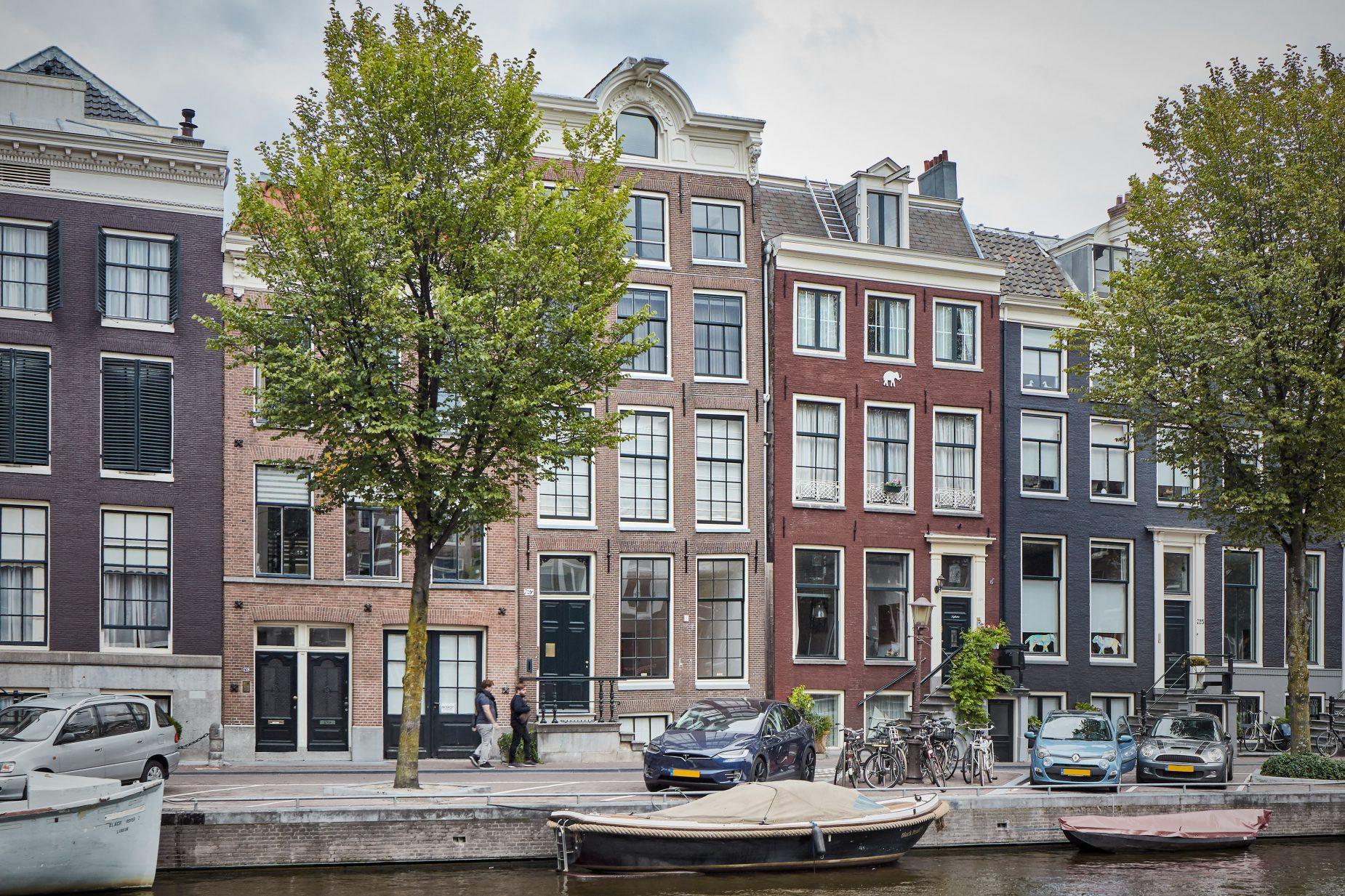 Interieurarchitect voor monument grachtenpand in centrum van Amsterdam door architect Maxim Winkelaar.