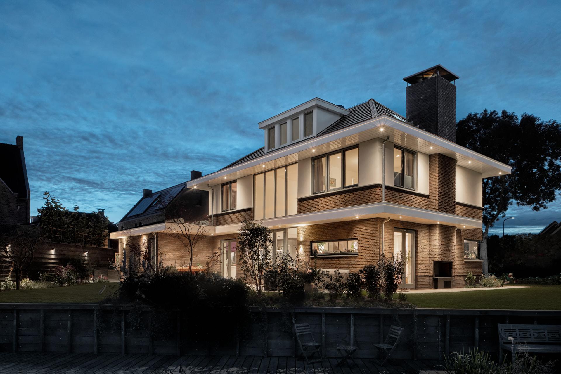 Ontwerp voor moderne villa in jaren 30 stijl door architectenbureau Maxim Winkelaar uit Amsterdam.