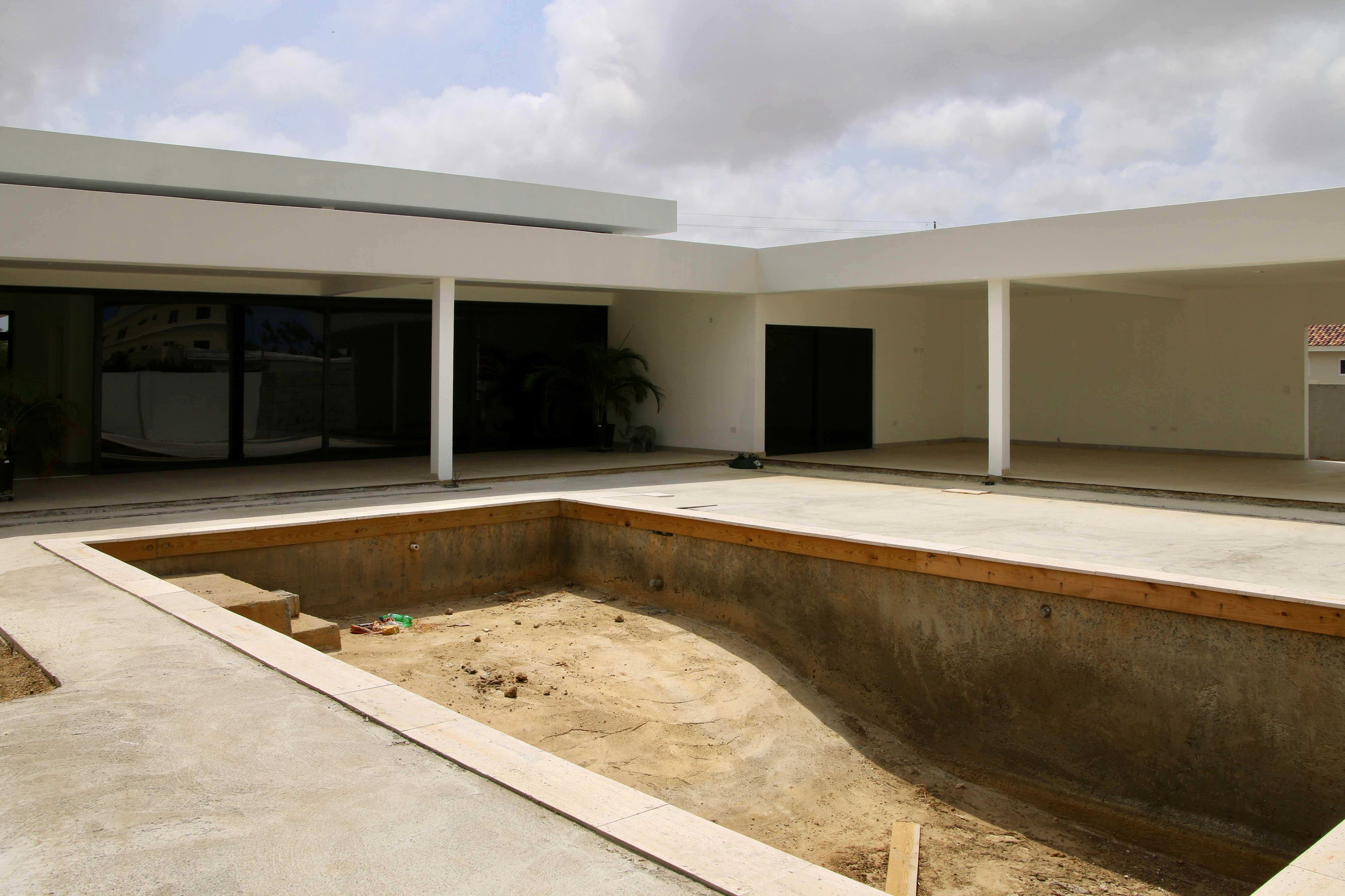Architectenbureau Amsterdam Maxim Winkelaar maakt ontwerp voor een moderne nieuwbouwvilla op Aruba, Bonaire en Curaçao.