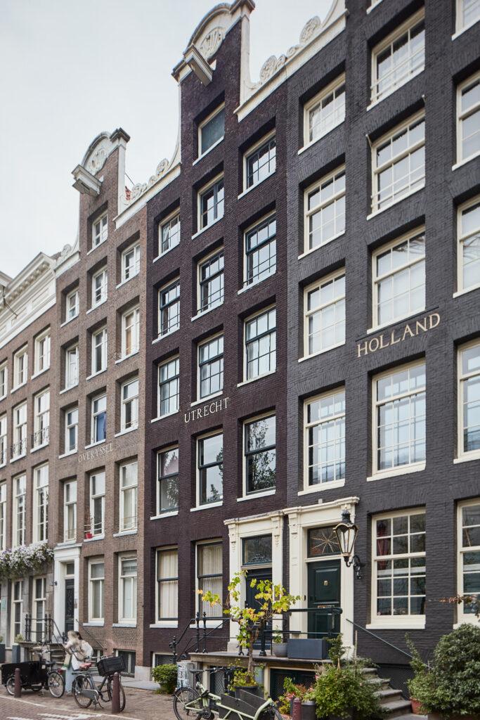 Architect Maxim Winkelaar maakt ontwerp voor monumentaal grachtenpand Prinsengracht in Amsterdam.